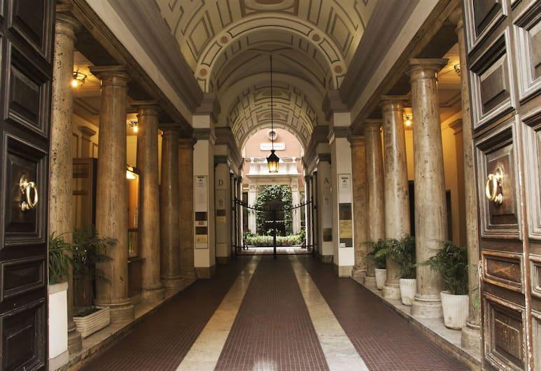 Matisse B&B, Rome, Hotel Entrance
