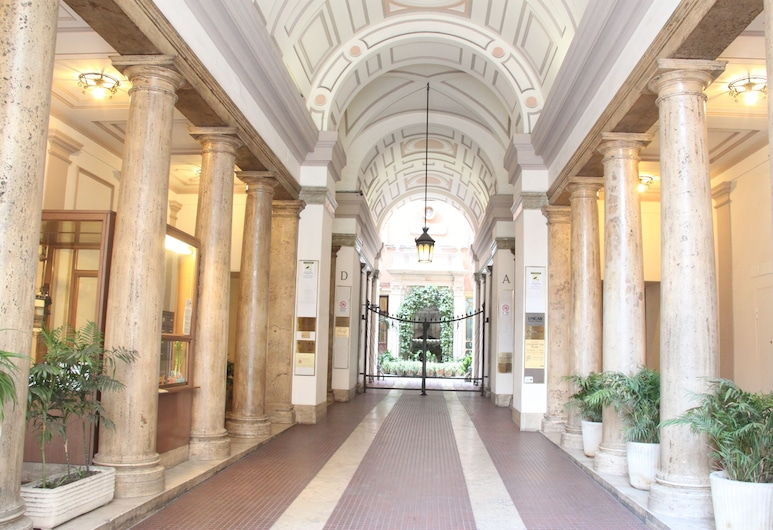 마티세 B&B, 로마, 호텔 입구