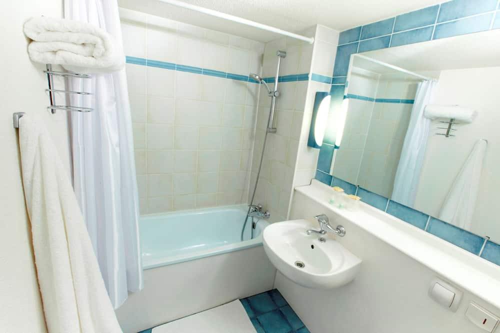Phòng Tiêu chuẩn, 2 giường đơn - Phòng tắm