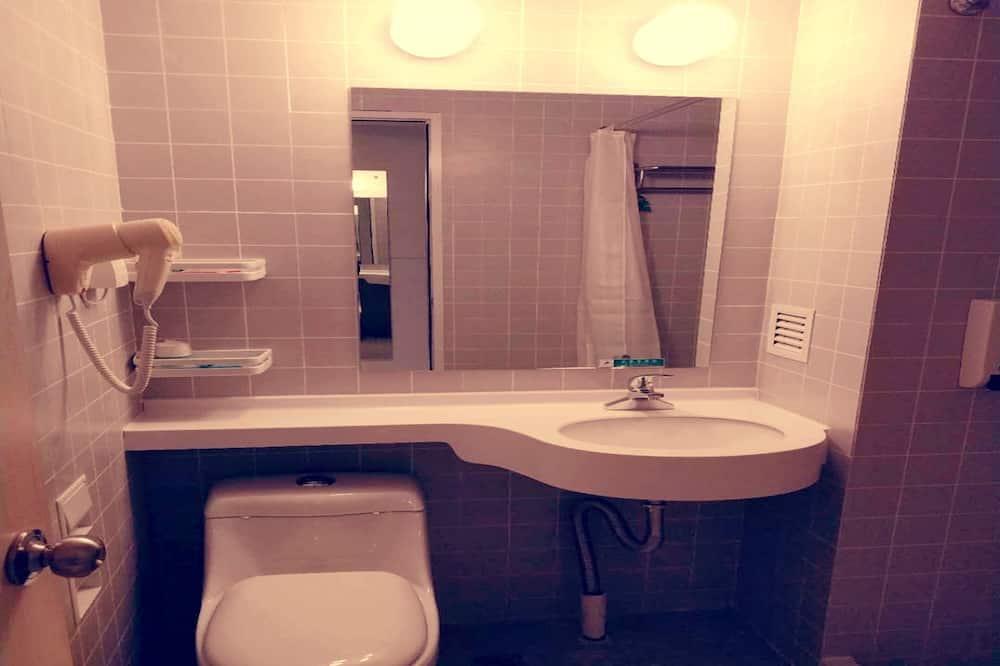 Zweibettzimmer (B) - Badezimmer