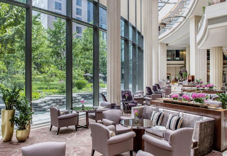 Regent Beijing, Пекін, Бар готелю