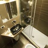 Izba, 1 dvojlôžko (Via Catone 16) - Kúpeľňa