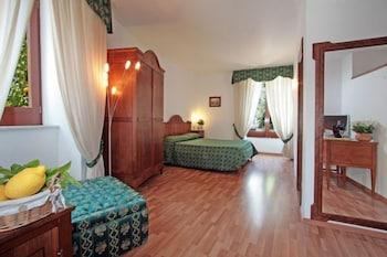 Picture of La Magnolia Hotel Sorrento in Sorrento