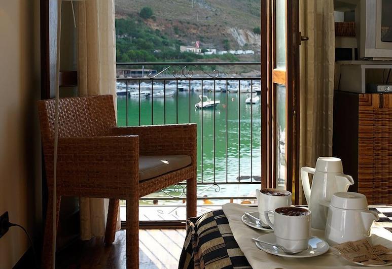 セタリウム ホテル, カステッランマーレ デル ゴルフォ, 部屋からの眺望