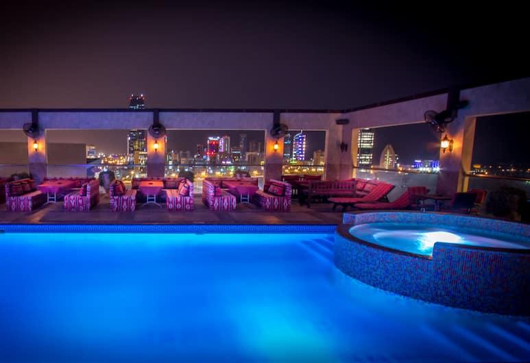 엘리트 그랜드 호텔, 마나마, 야외 수영장