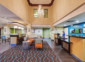 Picture of La Quinta Inn & Suites Pasadena in Pasadena