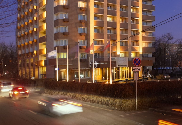 Hotel Bega, Moscow, Hotel Front – Evening/Night