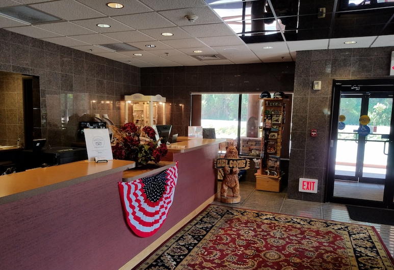Rushmore Express Keystone, Keystone, Interior Entrance