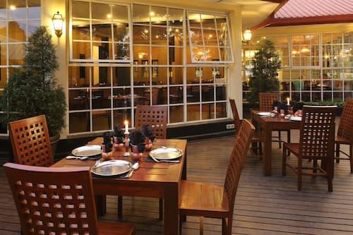 Grand Hotel In Nuwara Eliya Hotels Com