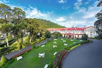 A(z) Grand Hotel hotel fényképe itt: Nuwara Eliya