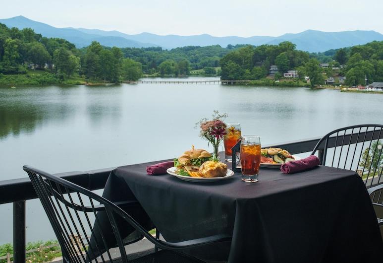 The Terrace at Lake Junaluska, Lake Junaluska, Speisen im Freien