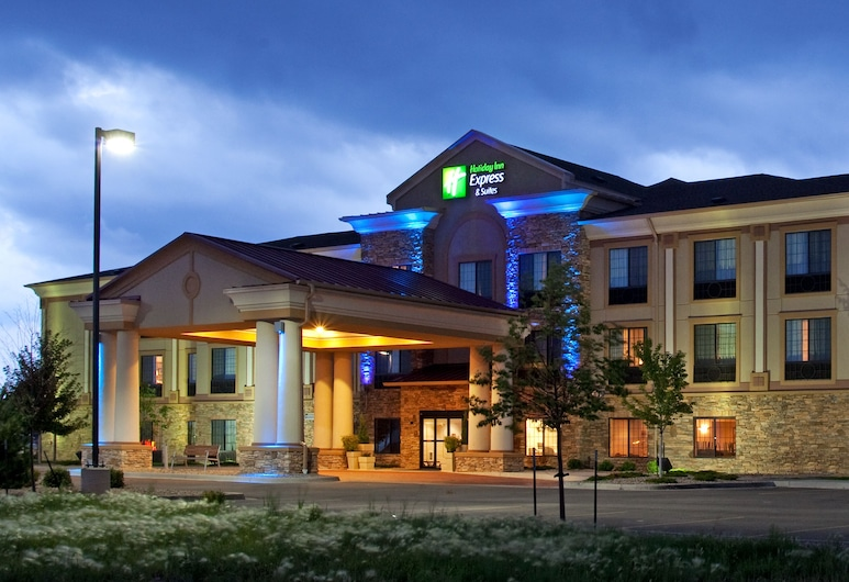 Holiday Inn Express Hotel & Suites Longmont, Longmont