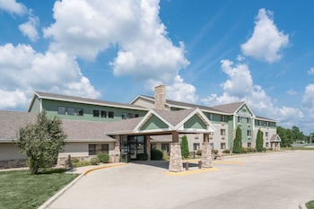 Picture of AmericInn by Wyndham Fort Dodge in Fort Dodge
