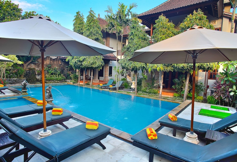 Puri Sading Hotel, Denpasar, Kolam Renang Luar Ruangan