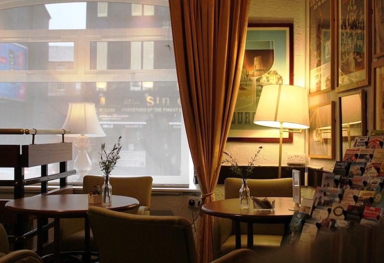 Ashley Hotel, Корк, Бар в отеле