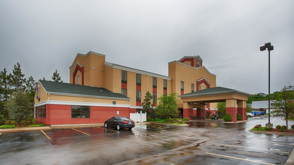 Best Western Seminole Inn Suites