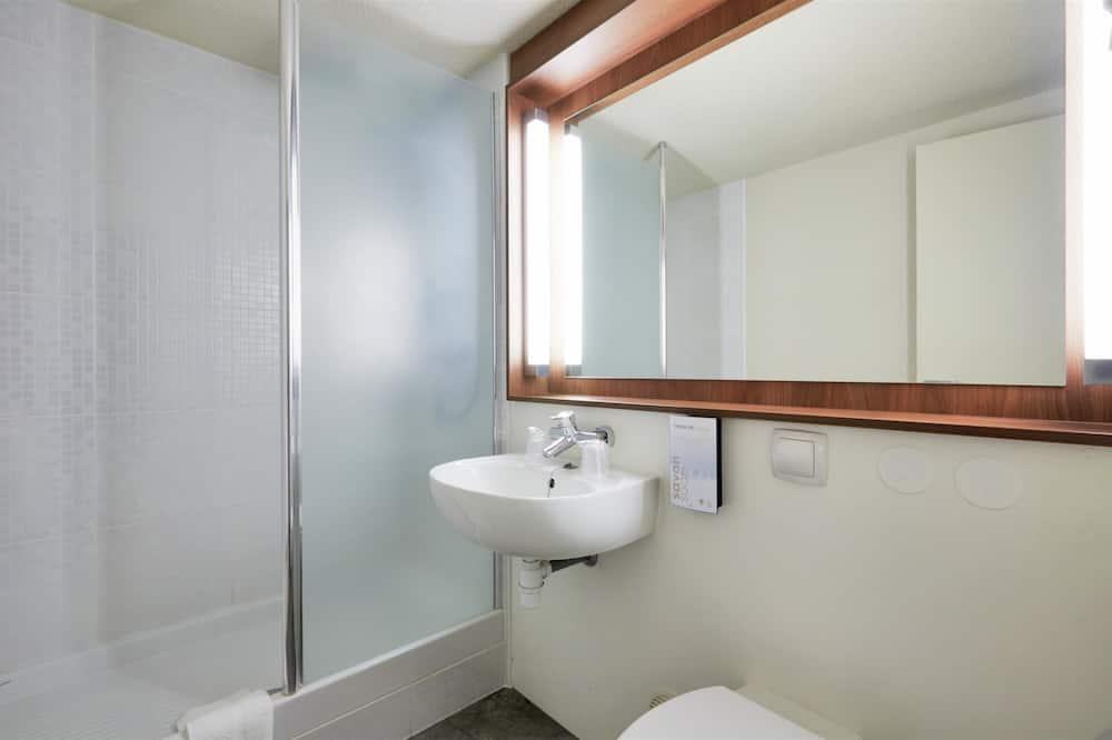 二床客房 - 浴室