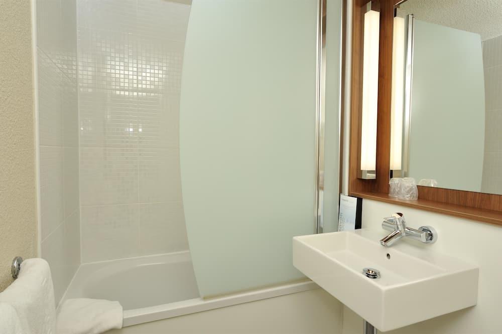 二床客房 - 浴室設施