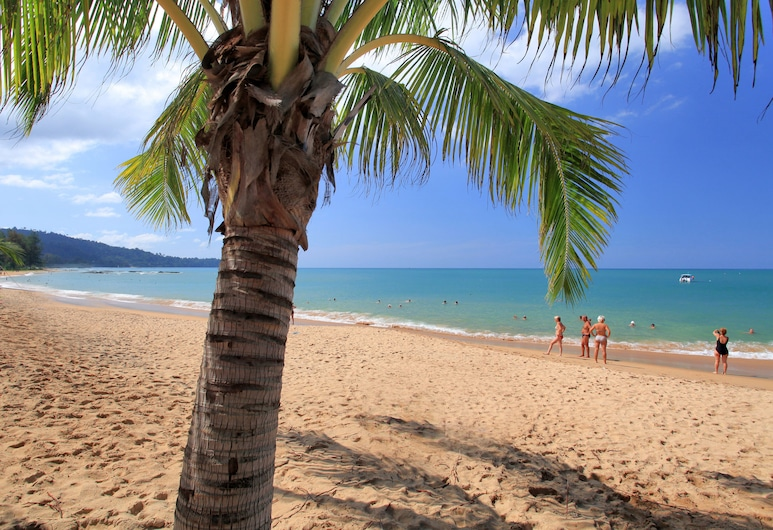 Ramada Resort by Wyndham Khao Lak, Takua Pa, Pantai