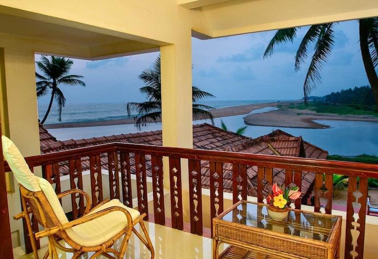Beach and Lake Ayurvedic Resort, Thiruvananthapuram, Deluxe-Doppelzimmer, Blick vom Balkon