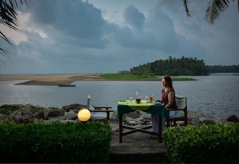 Beach and Lake Ayurvedic Resort, Τιρουβανανταπουράμ, Πρόσοψη ξενοδοχείου