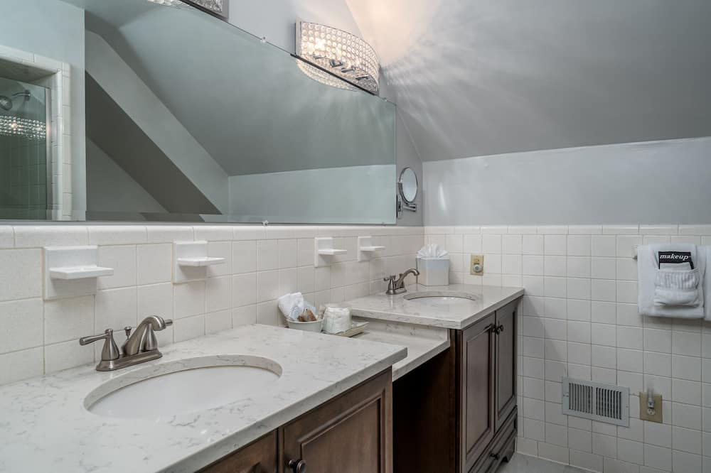 Luxury House - Bathroom