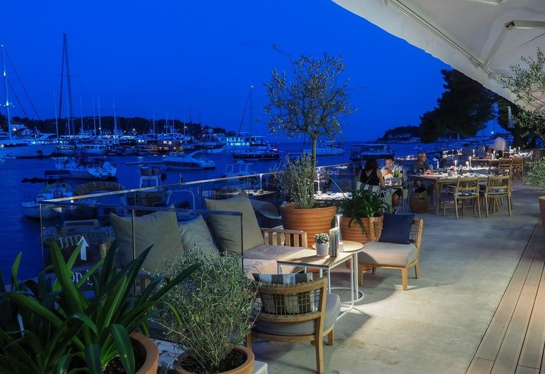 Adriana Hvar Spa Hotel, Hvar, Hotel Front – Evening/Night