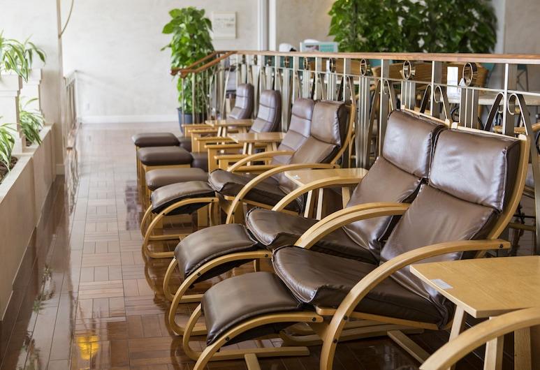 โรงแรมมอนเทอเรย์ เอเดลออฟ ซัปโปโร, ซัปโปโร, เลาจน์ของโรงแรม