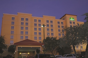 Picture of La Quinta Inn & Suites San Antonio Medical Center in San Antonio