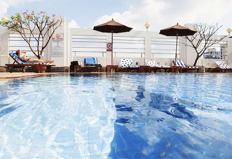 Zenith Sukhumvit Hotel, Bangkok, Bangkok, Outdoor Pool