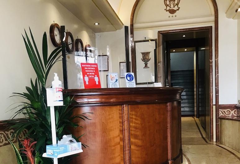 Serena Hotel, Roma, Receção