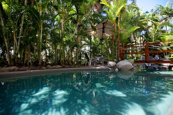 Picture of Seascape Holidays - Coral Apartments in Port Douglas