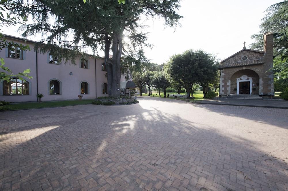 Antico Borgo di Sutri, Sutri