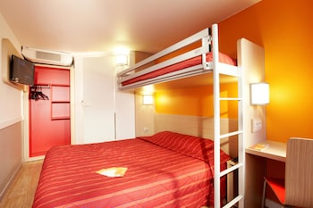 Enter your dates for our Nanterre last minute prices