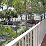 Premium Apartment, 1 Bedroom, Sea View (Weekly Service) - Balcony