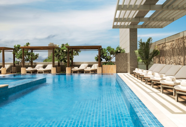 Four Seasons Hotel Mumbai, Mumbai, Pool