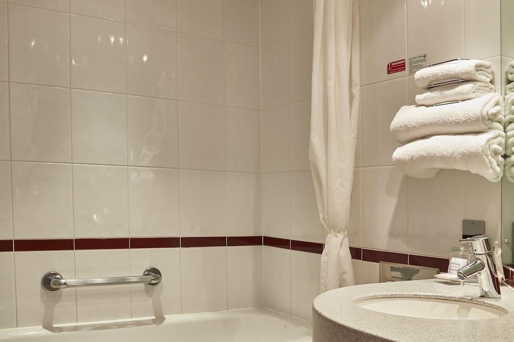 客房, 1 張標準雙人床和 1 張沙發床 - 浴室