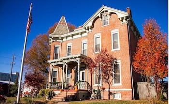 Top 10 3-Star Hotels in Paducah from $56/night | Hotels com