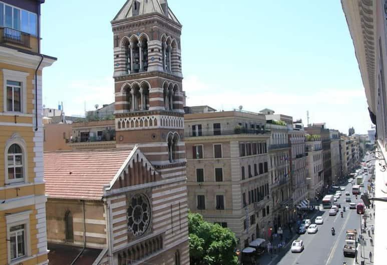 Alius Hotel, Rome, Street View