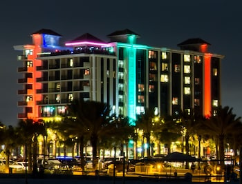 Picture of Pier House 60 Clearwater Beach Marina Hotel in Clearwater Beach