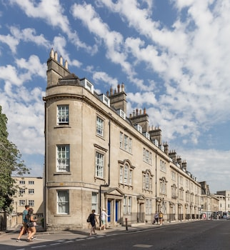 Picture of SACO Bath - St James's Parade in Bath