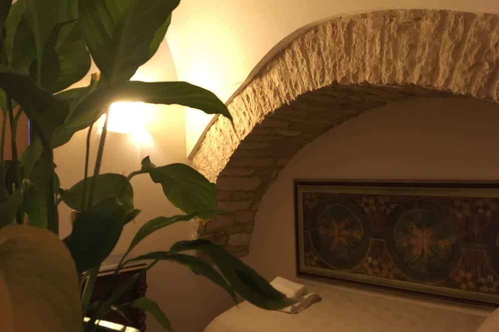 家庭公寓, 1 間臥室, 廚房, 庭園景 - 客廳