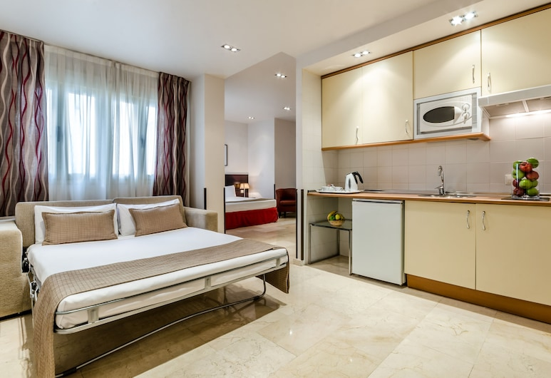 Hotel Exe Suites 33, Madrid, Familienzimmer, Zimmer