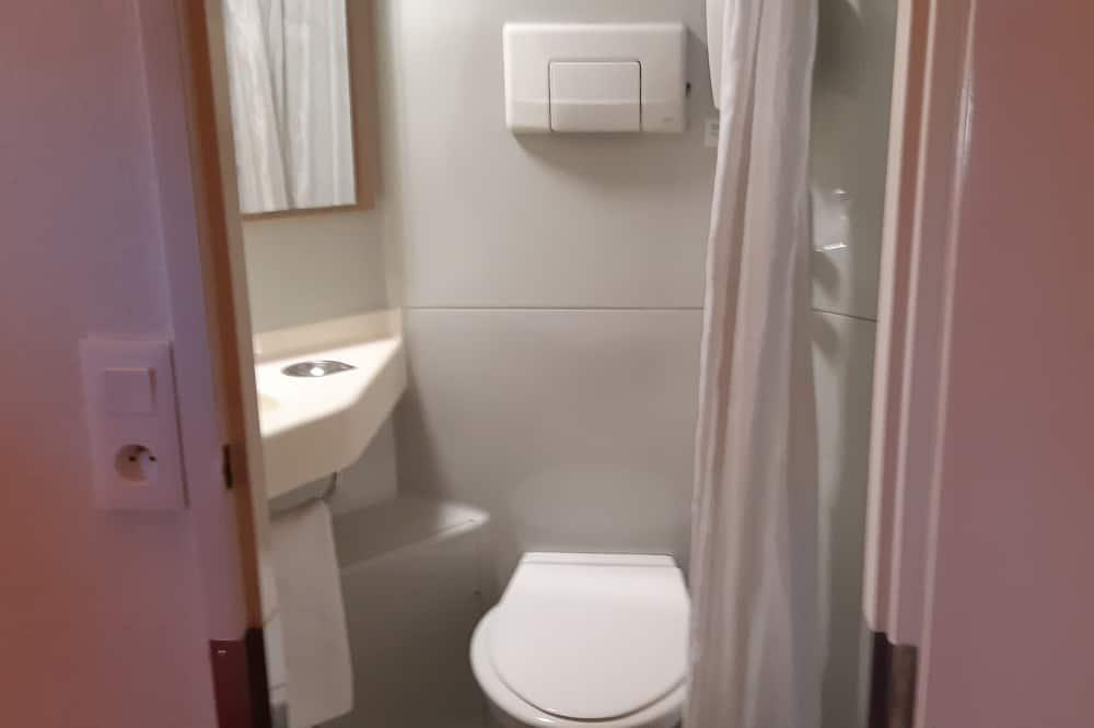 Standard-Dreibettzimmer, 3Einzelbetten - Dusche im Bad