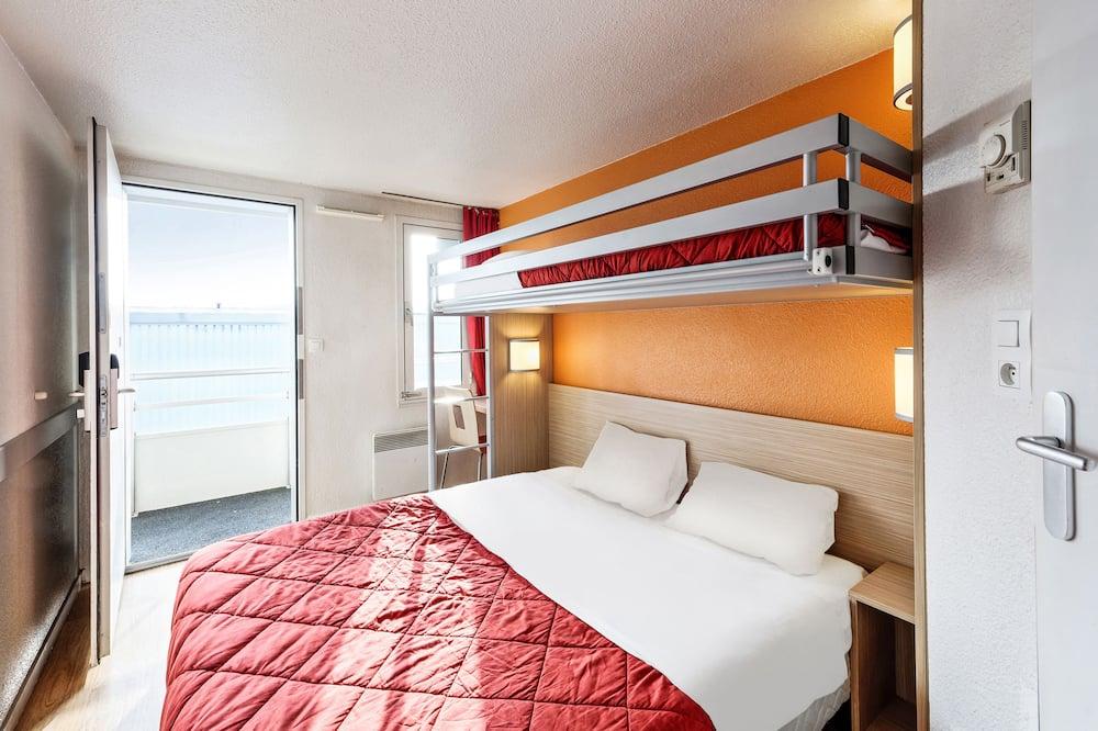 三人房 (1 Double and 1 Single bed) - 客房