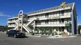 Book this Parking available Hotel in Le Pontet