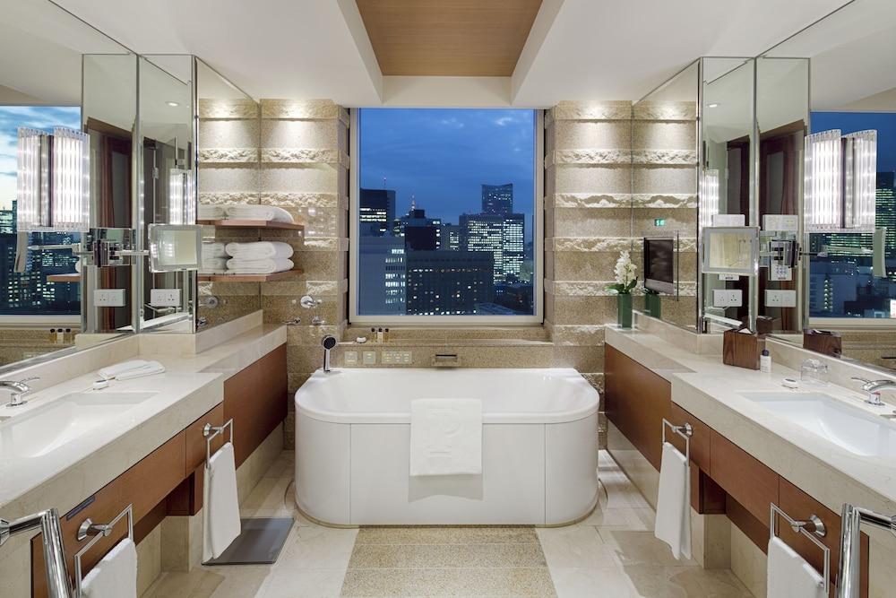 The Peninsula Tokyo, Tokyo, Deluxe-suite, 2 enkeltsenger, Bad