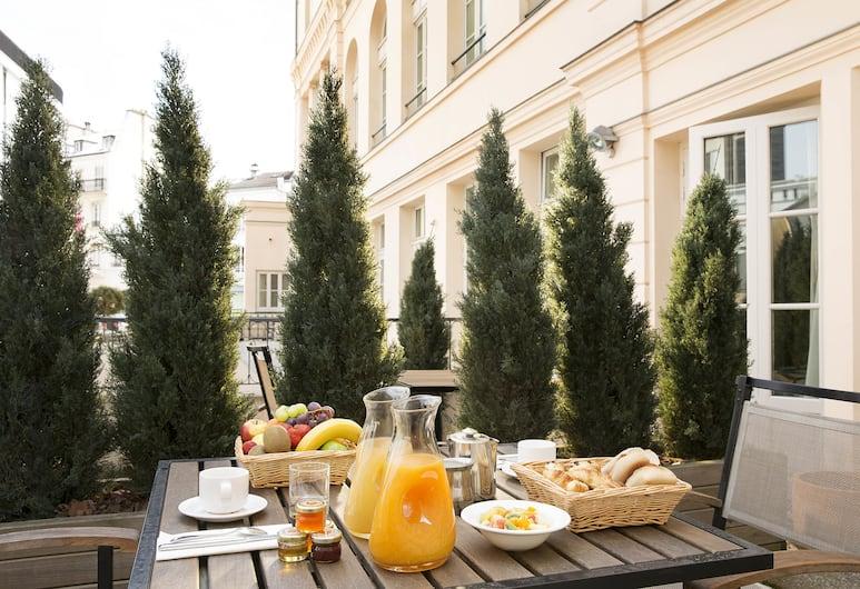 巴黎酒店, 巴黎, 室外用餐