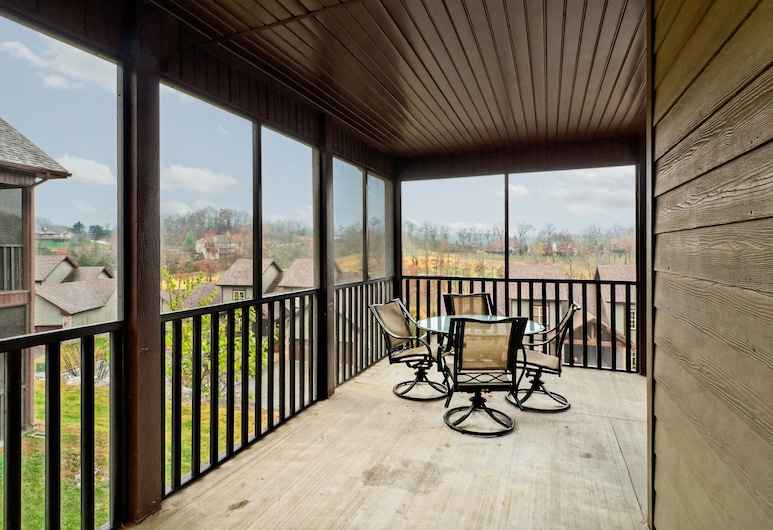Branson Townhomes Nightly Rentals, Branson West, Three bedroom townhome, Terrace/Patio