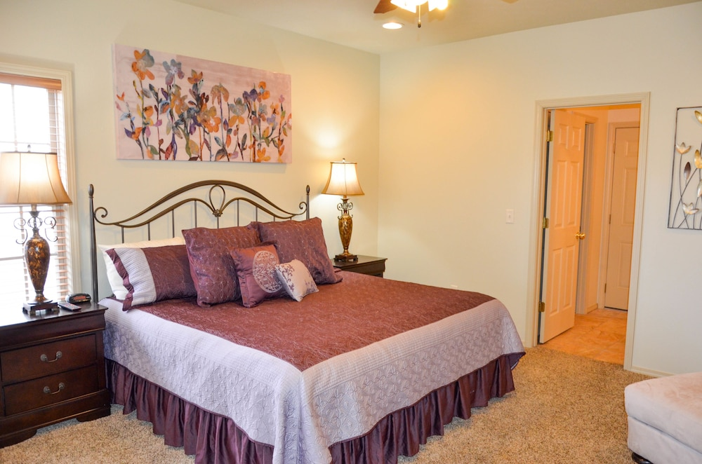 Branson Townhomes Nightly Als West Three Bedroom Townhome Guest Room